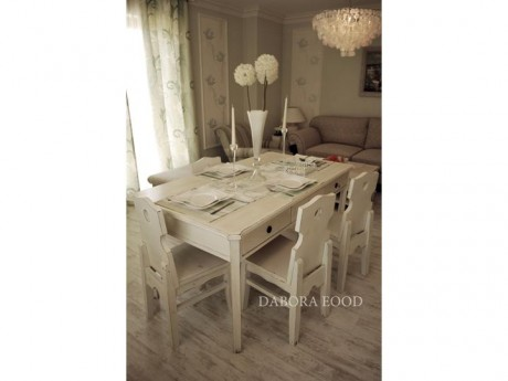 LA Dining Table